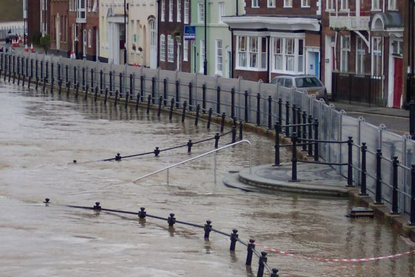 DISCO3.CO.UK Photo Gallery - Stuff/Bewdley Flood Defences